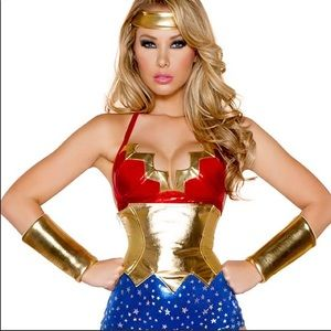 Wonderwoman Halloween Costume
